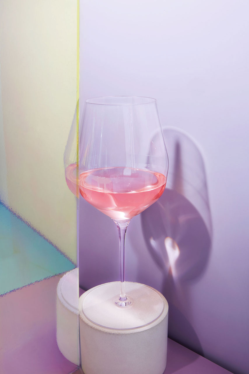 180307_BloombergTheOne_Wine-Glass_flatFinal