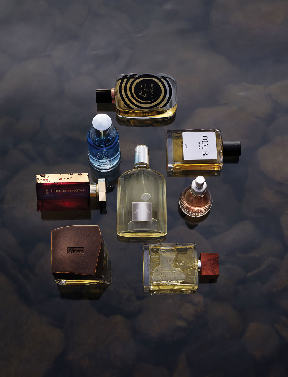 180811_Bloomberg_perfume4021FinalToSend