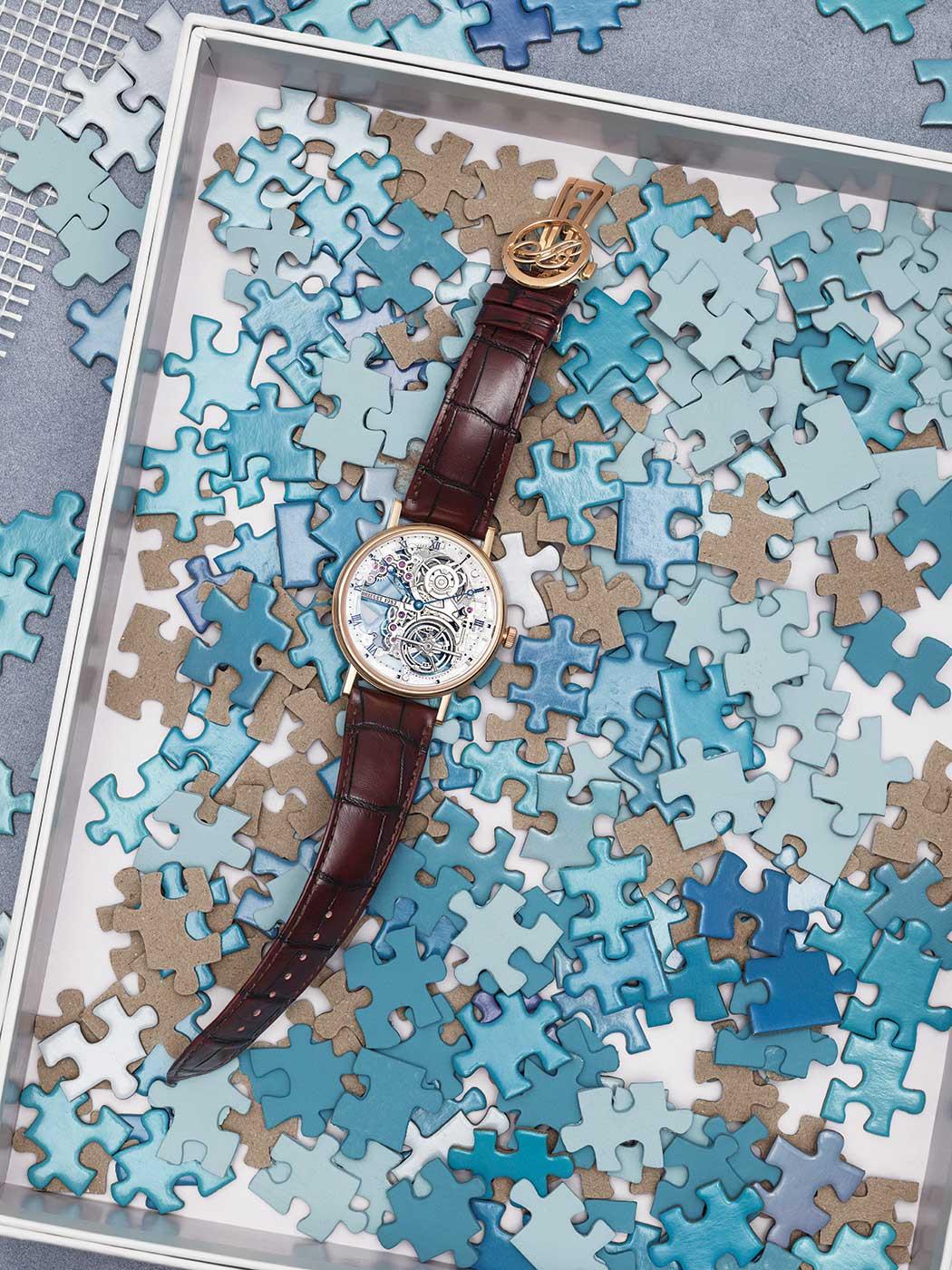 191029-WSJ-Spring20-Jewelry_Box-Breguet-53415-53421-Base_19198_v1_CMYK_QC